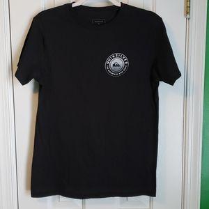 Mens Medium Quicksilver t-shirt